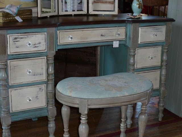Annie Sloan Chalk Paint In Provence Old White And My New