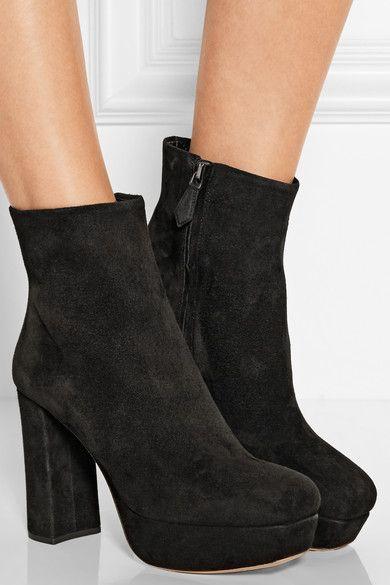 Miu Miu Suede Ankle Boots e1htcvC3