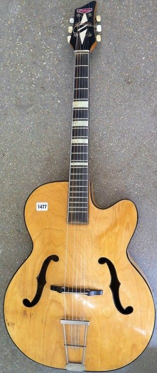 1950s Prince Archtop Guitar Made By Hoyer For Stentor Music I Believe Https Www Pinterest Com Lar Archtop Guitar Guitar Design Archtop Acoustic Guitar