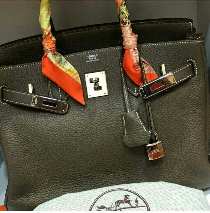 5e5d9fb96923 Model  Hermes Birkin 30 Condition  Preowned Stamp  M Square Color  Etoupe  Leather