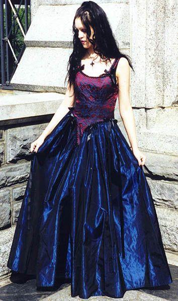 renaissance prom dress   Wedding Expert   Pinterest