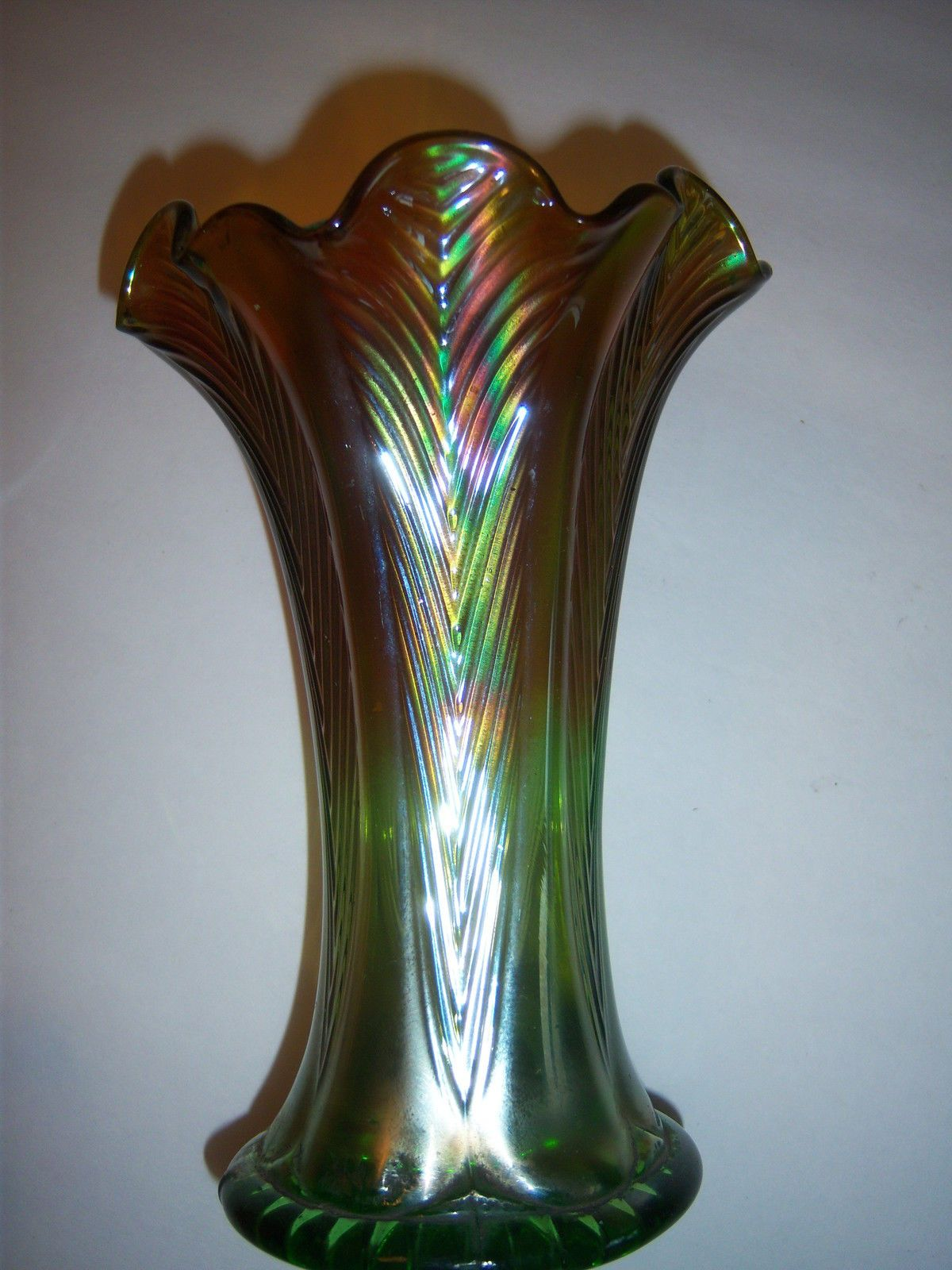 Northwood antique squatty feathers carnival glass vase green glass northwood antique squatty feathers carnival glass vase green reviewsmspy