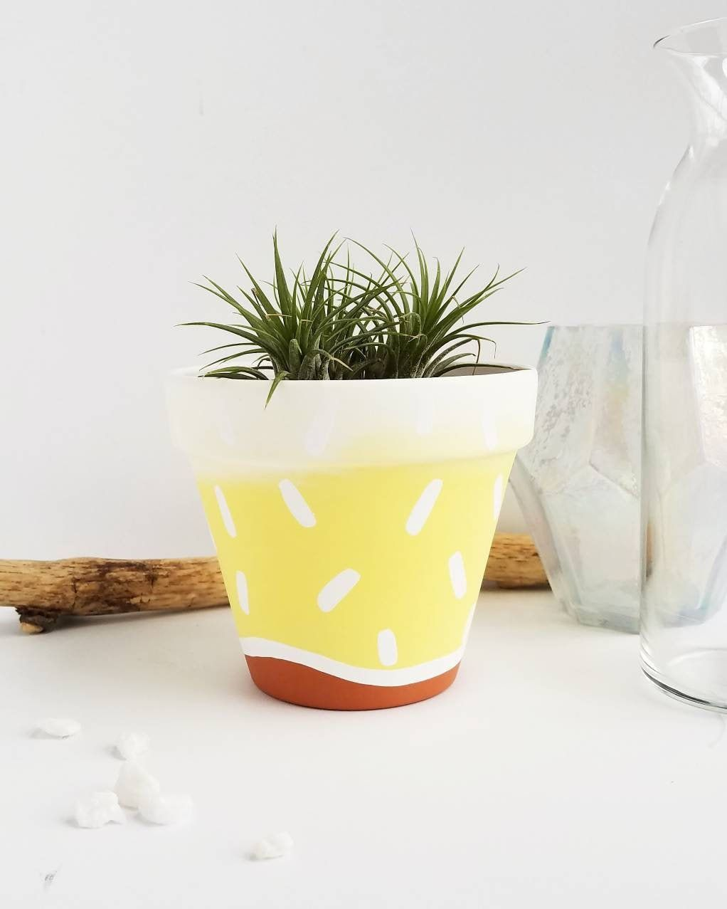 Hand Painted Terra Cotta Pot Yellow And White Painted Terra Cotta Pot With Varnish Indoor Planter 4 Inch Pot With Drainage Hole Cotta Drainage Hand Hole In 2020