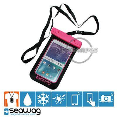 Housse Étanche Norme IPX8 Smartphones jusqu'à 5.5 Pouces SEAWAG Black Collection - Noir et Rose