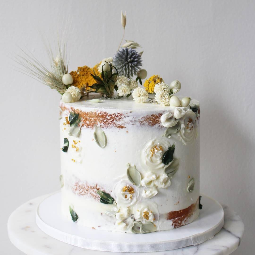 torta so sušenými kvetmi