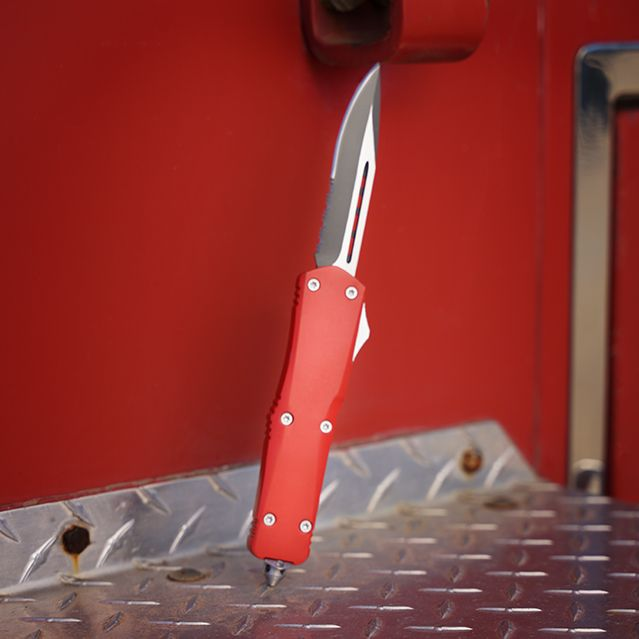 Titan Bravo OTF (Out the front) Knife Color: USMC Red Price: $119