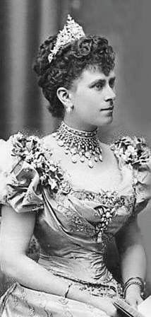 Queen Mary Grandmother Of Elizabeth Ii Mother Of The Queen Mother
