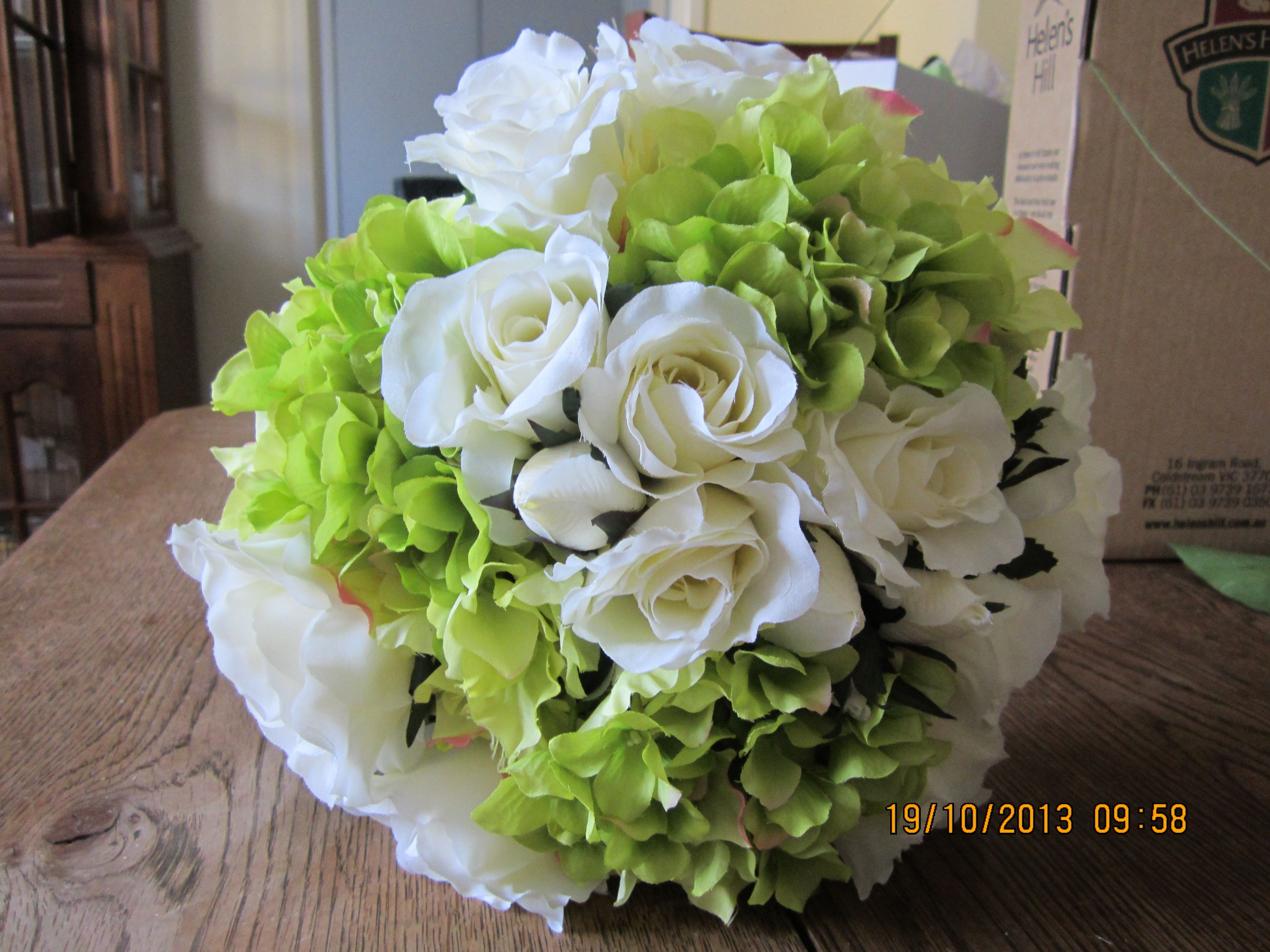 The Freshness Of Green And White For Summer Brides Bouquet By Best