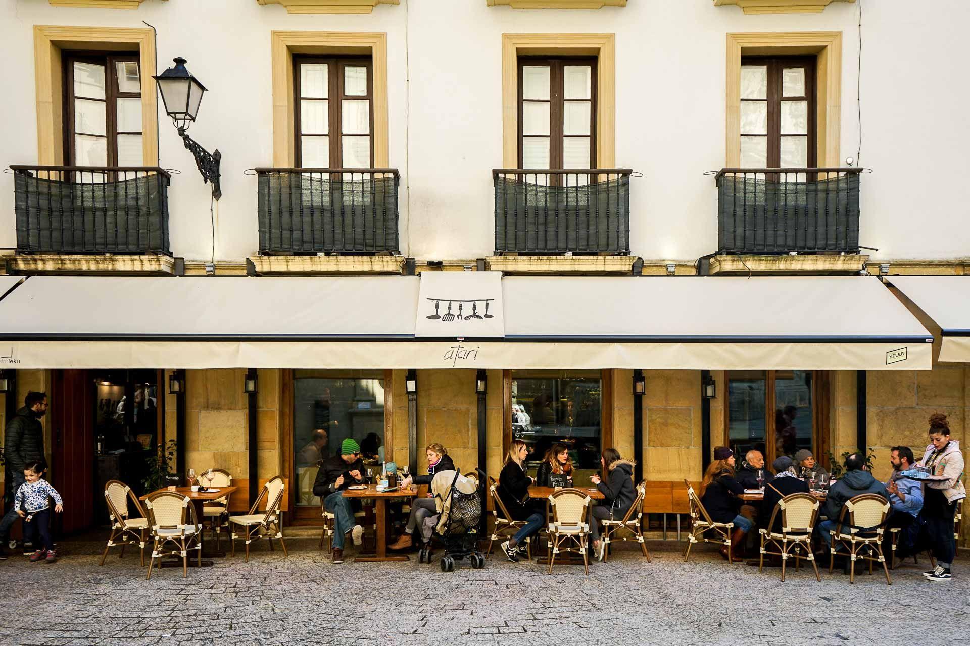San Sebastian Les 10 Meilleurs Bars A Pintxos De La Ville San Sebastian Saint Sebastien Espagne Seville Espagne