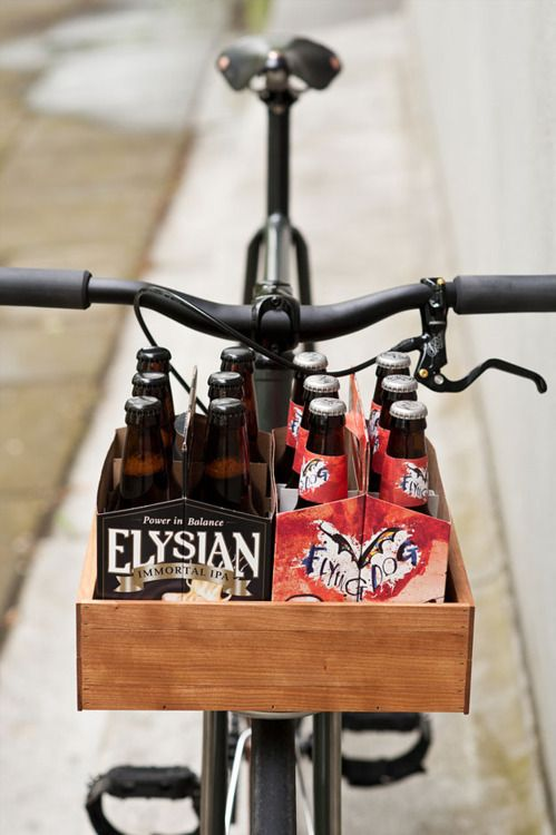 The bike and it's design are very cool, but it's the engineering for six packs that stopped me.