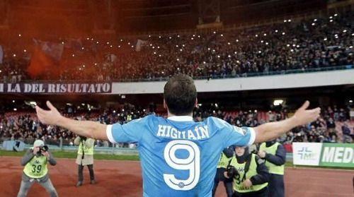 Gonzalo Higuaín registra 26 goles y 2 asistencias en los 28...