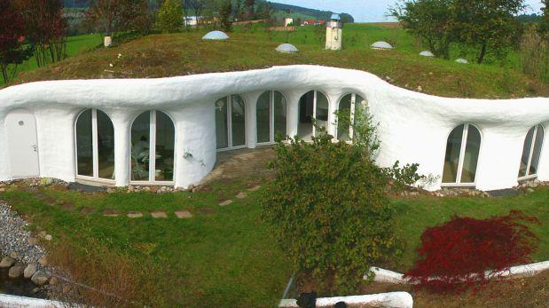 Earth house una sorprendente casa hecha bajo tierra en for Proyectos de casas ecologicas