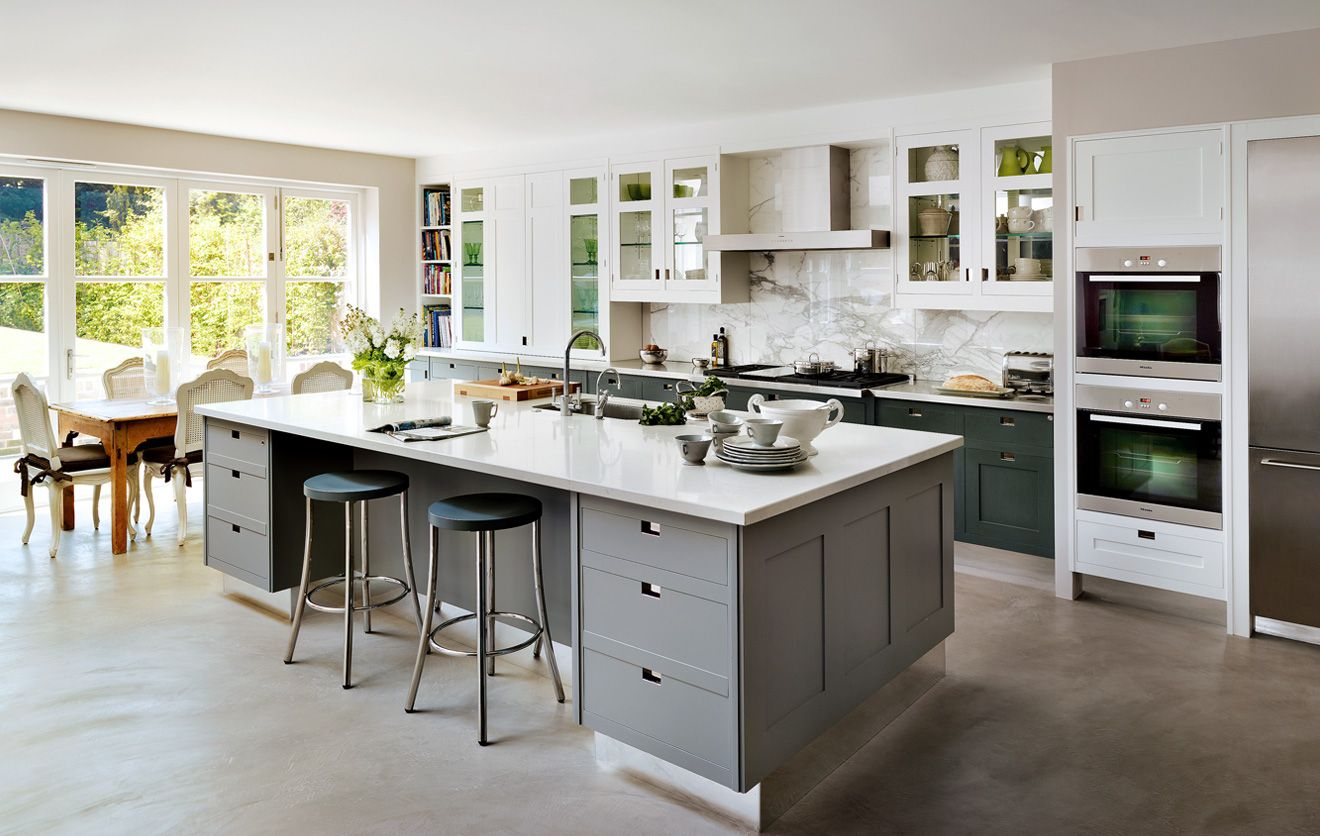shaker style cabinets with no handles | Smallbone kitchens ...