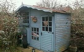 sumer hows or garden shed on gumtree sumer house or garden shed 105