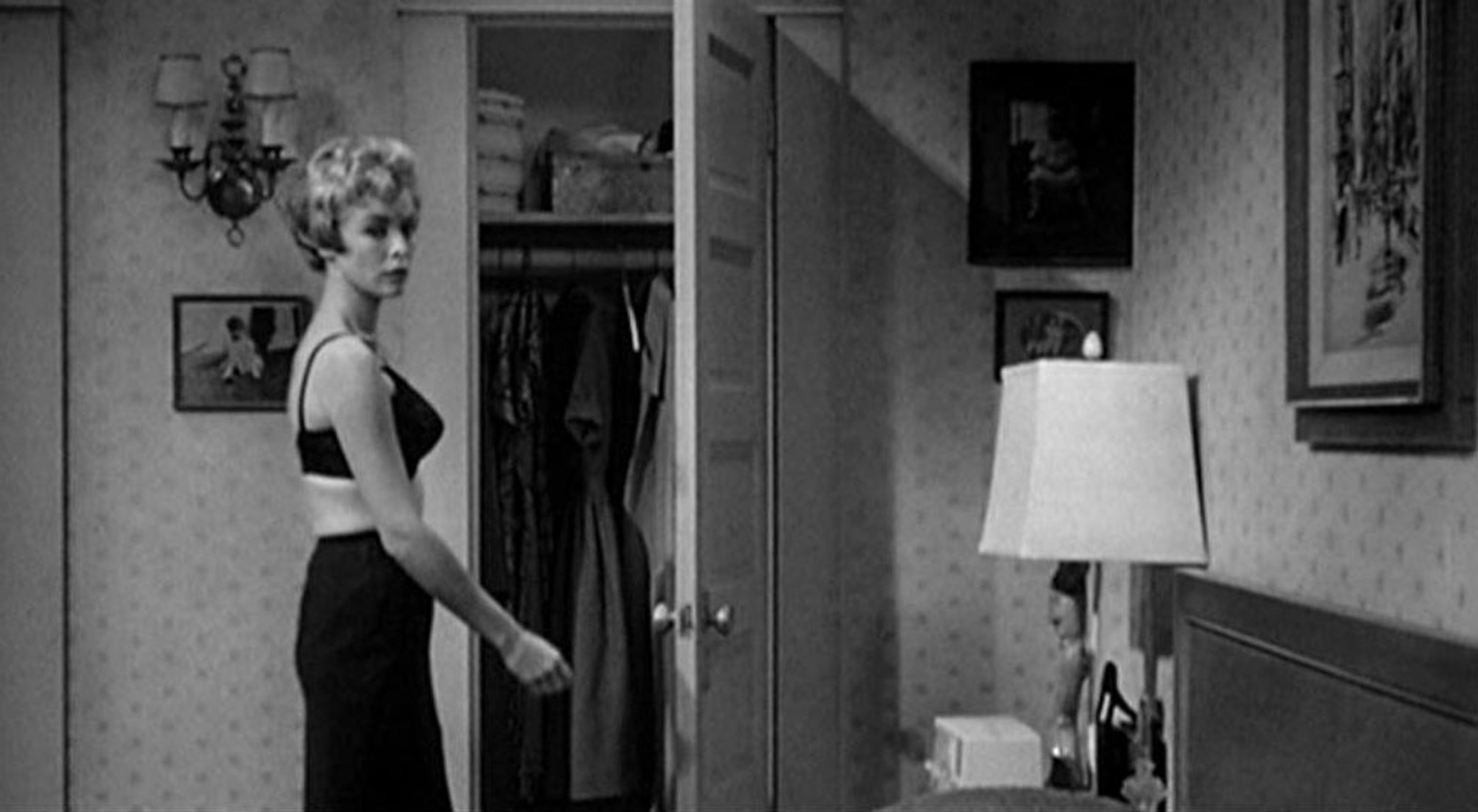 Psycho shower curtain scene - 0 Janet Leigh In Black Bra In Psycho
