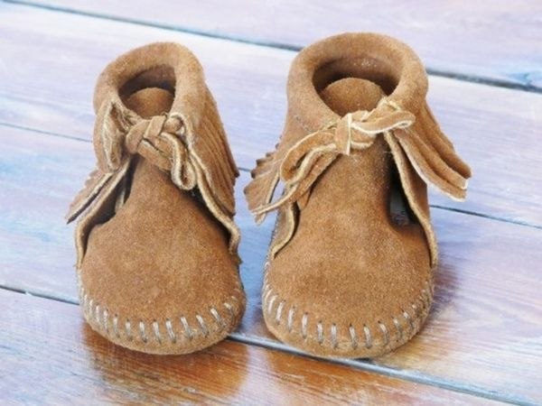 Minnetonka Moccasins Direct Is Proud To Offer The Complete Line Of Cool Baby Moccasins Pattern