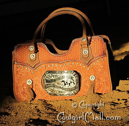 Put Your Own Belt Buckle On A Purse Jeans And Boots Purses Cowgirl Boots