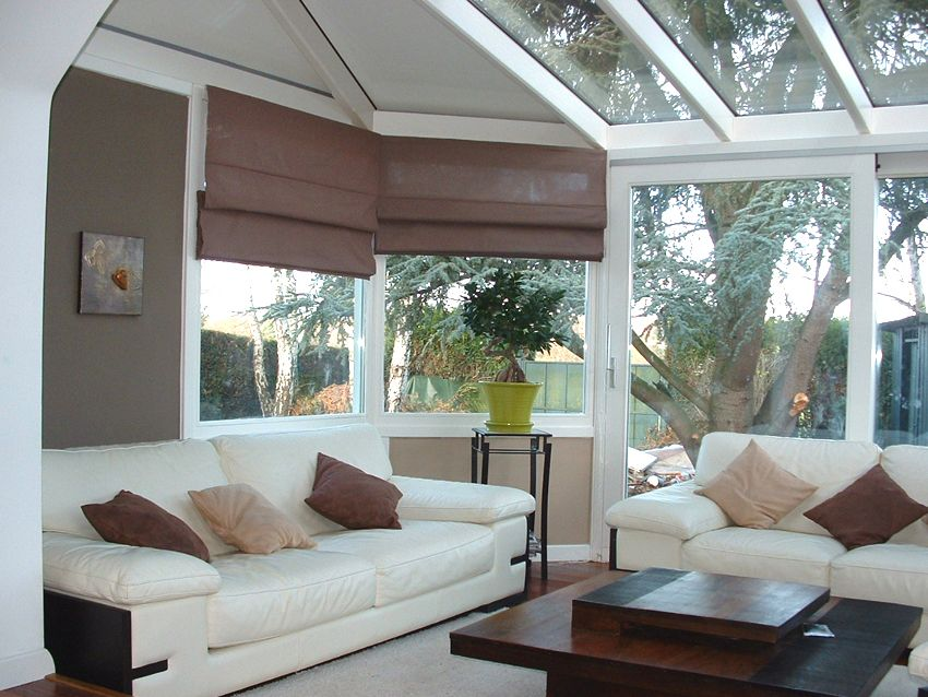 Le salon dans la v randa verri res v randas pinterest veranda veranda bois et salon - Verriere jardin d hiver ...