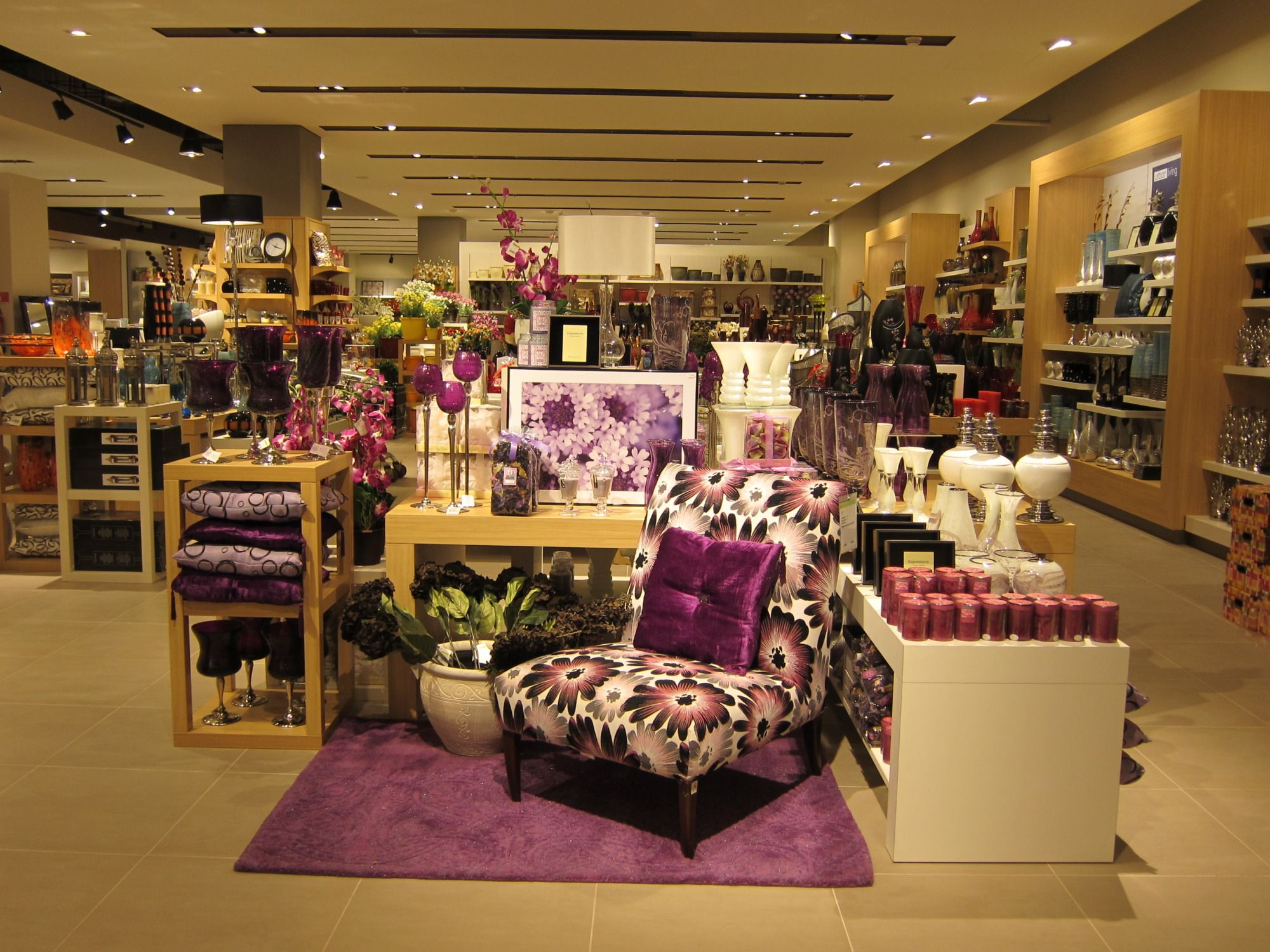 Furniture shops in manila - Visual Merchandising At Home Centre Dubai Uae Liv Design Studio Manila