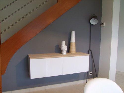 Voici le nouveau meuble suspendu du séjour (Ikéa), nous avons - Repeindre Un Meuble En Chene
