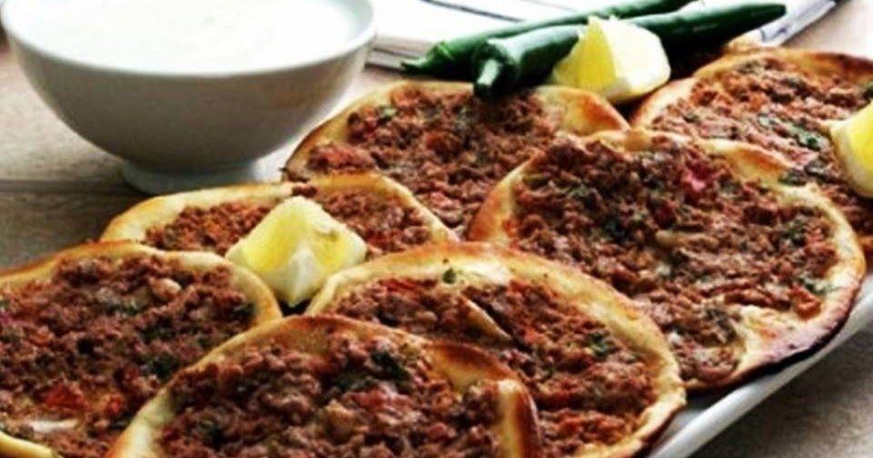 الشيف هيا النواصرة مكونات اللحم 200 جرام لحم عجل مفروم 200 جرام لحم غنم مفروم 400 جرام طماطم مغسولة ومفرومة ناعما Receitas Cozinhar Laham