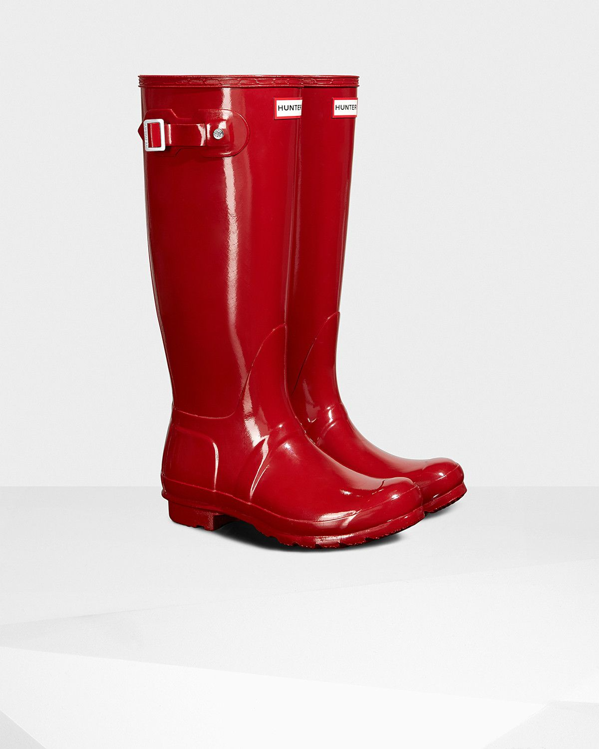 The iconic Original Tall boot in a gloss finish. | Red