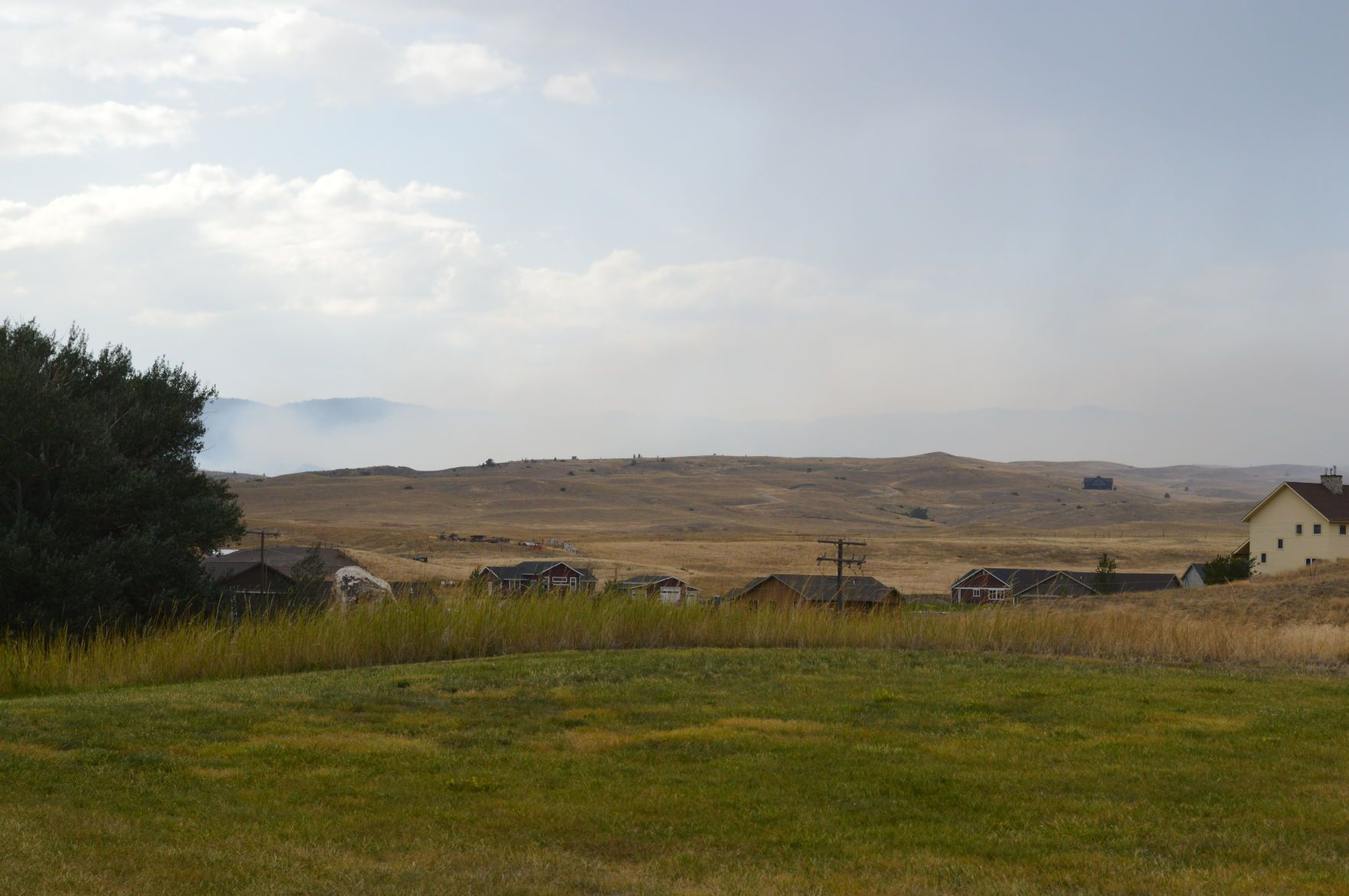 Wildfire burns 150 acres west of Livingston