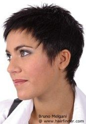 low maintenance haircut for short hair via hairfinder