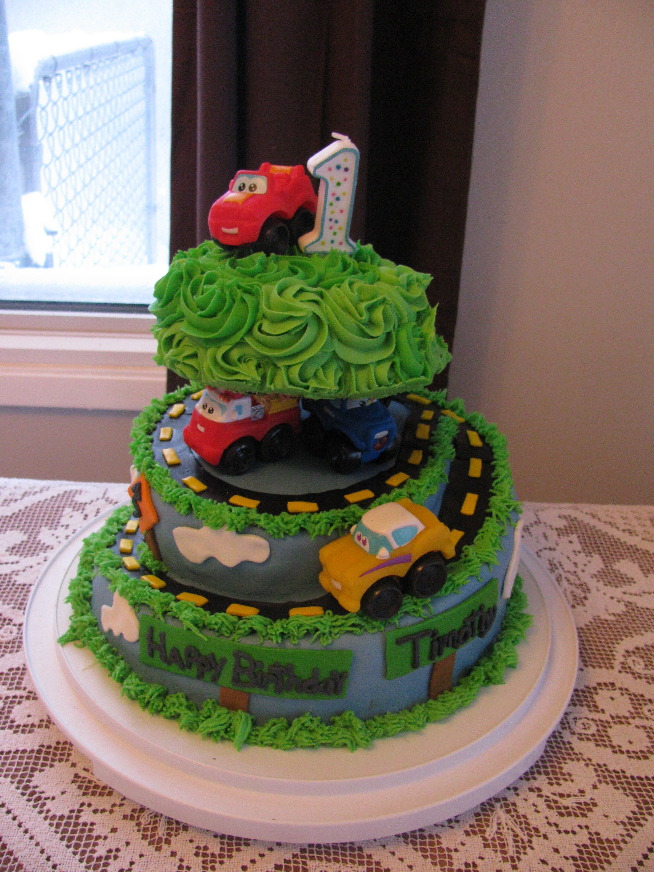 I made this cake for my son's first birthday. The top