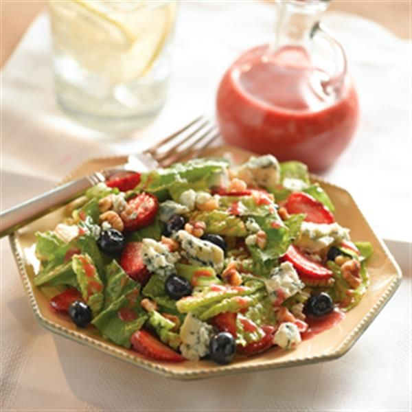 Romaine and Berry Salad with Strawberry Vinaigrette