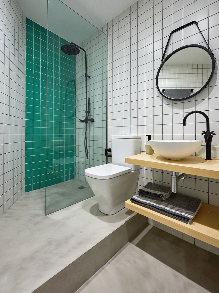 Green tiled bathroom | Interiors | Pinterest | Conversation pit ...