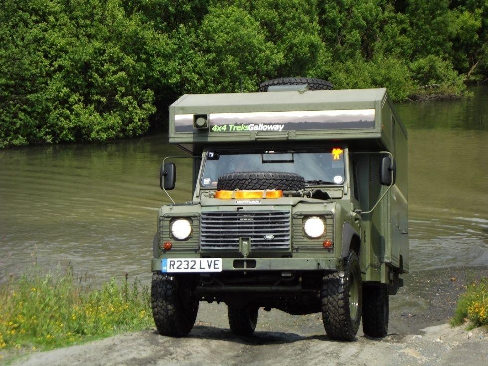 land rover 130 xd camper overlander vehiculos overland. Black Bedroom Furniture Sets. Home Design Ideas