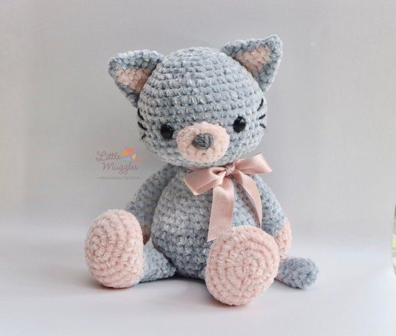 ***Please note that this listing is for a DIGITAL PATTERN written in ENGLISH. These are written instructions for how to crochet your own plush velvet cat. This listing is not for a finished doll!***  **No cancellations or refunds can be given once the file has been downloaded.**  Luna the Kitty is