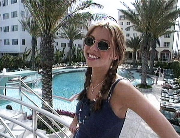 Niki Taylor rocking the ultimate '90s shades