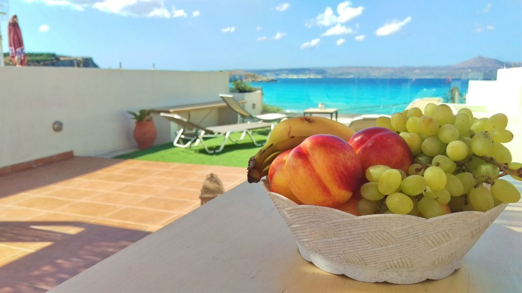 Rural Holiday Apartment To Rent In Almyrida Beach Holiday Apartments Apartments For Rent Apartment