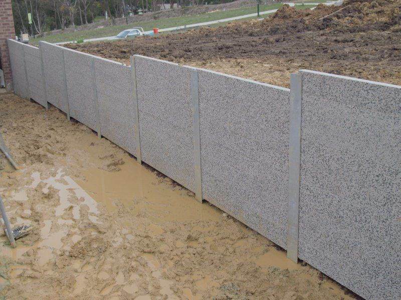 Concrete retaining walls garden pinterest concrete for Concrete block walls design