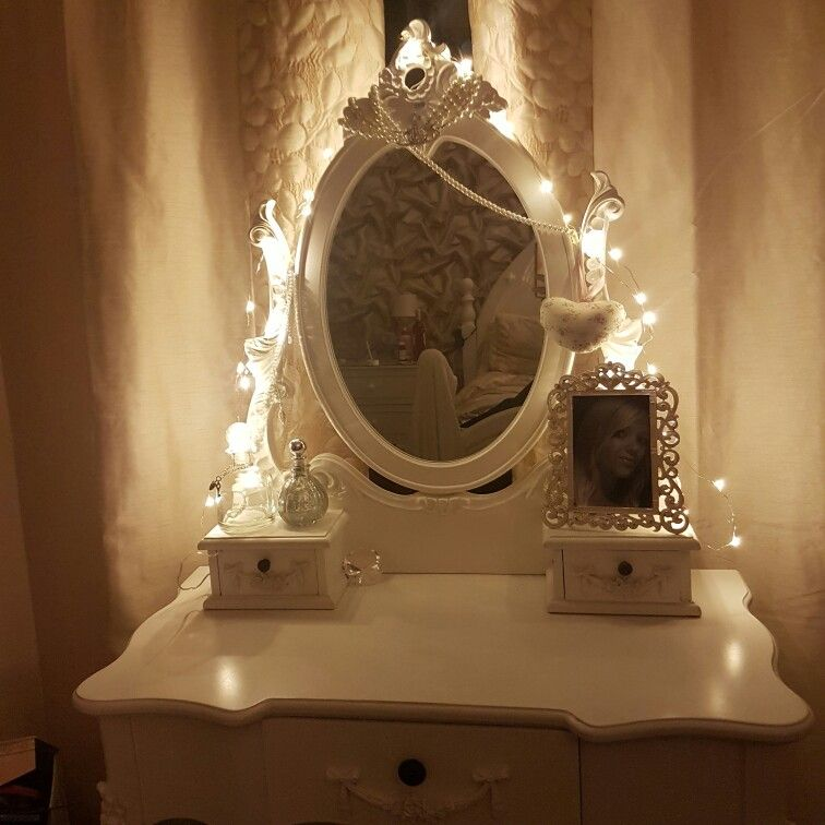 Fairy princess dressing table fairy lights vintage amazing for Dressing table with lights