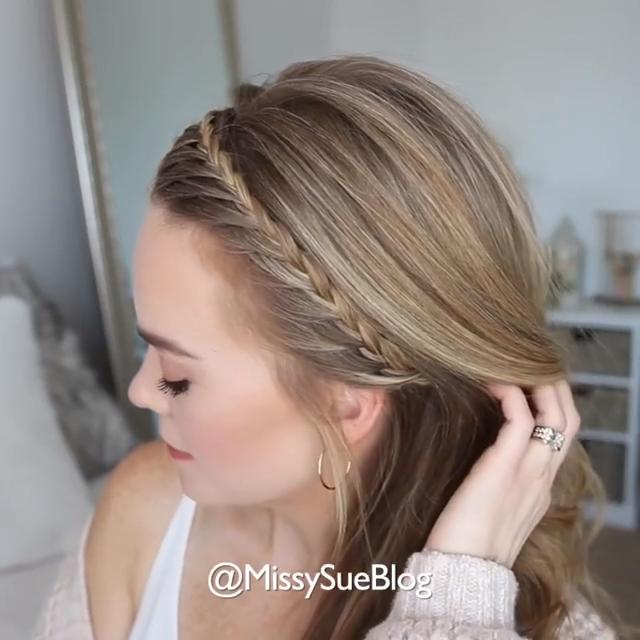 Very elegant braided hairstyle!