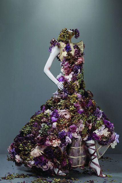 "Dress, ""Sarabande"" Spring 2007 - ""Alexander-McQueen: Savage Beauty"" at the Met"