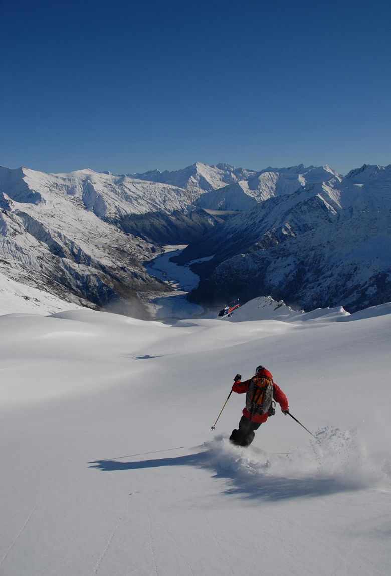 Ultimate Day Harris mountains heli-skiing in Queenstown, New Zealand.