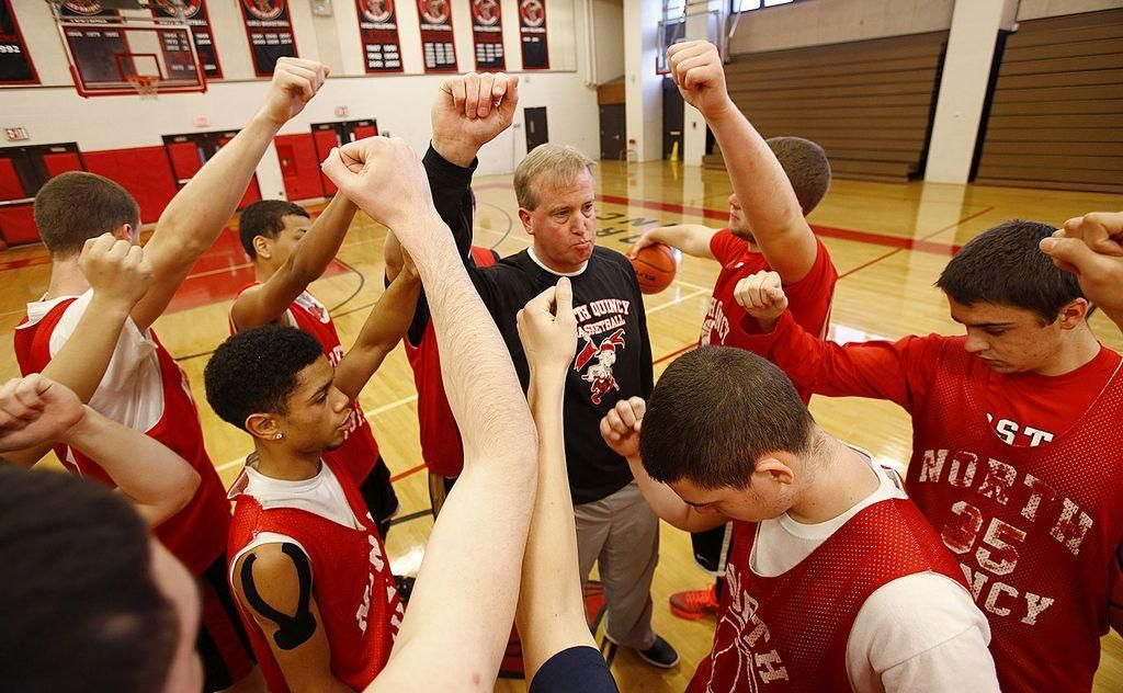 North Quincy boys basketball team plays for memory of