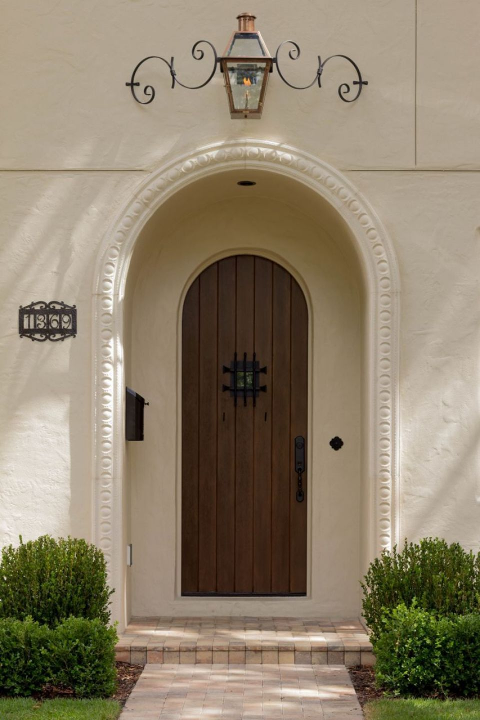 French Quarter On Circle Mustache Bracket Front Door