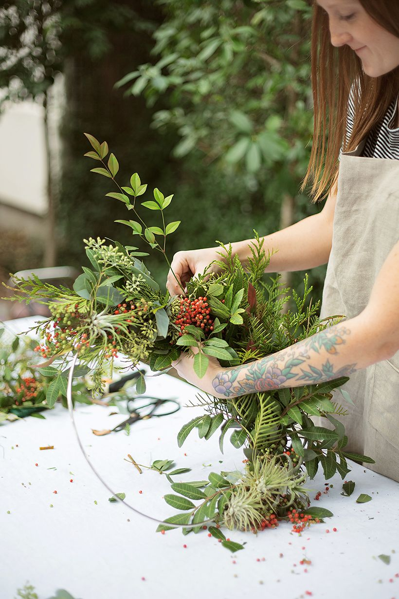Photo of How to Make a Gorgeous Holiday Wreath