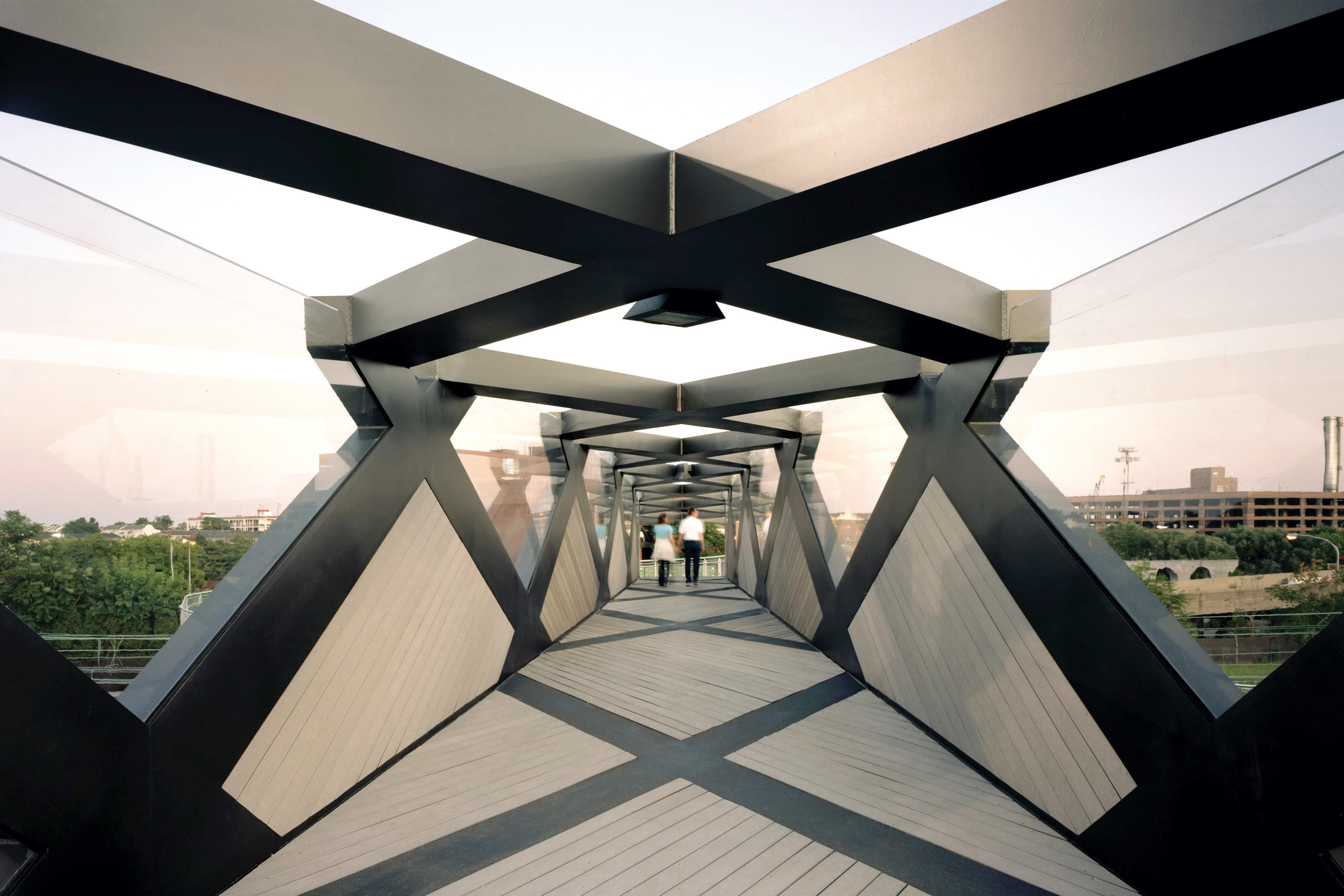 Cecil Balmond And Arupu0027s London Based Advanced Geometry Unit Unveil A New  Pedestrian Bridge In