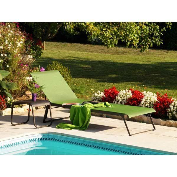 bain de soleil en acier textil ne empilable lime new orleans maison facile. Black Bedroom Furniture Sets. Home Design Ideas