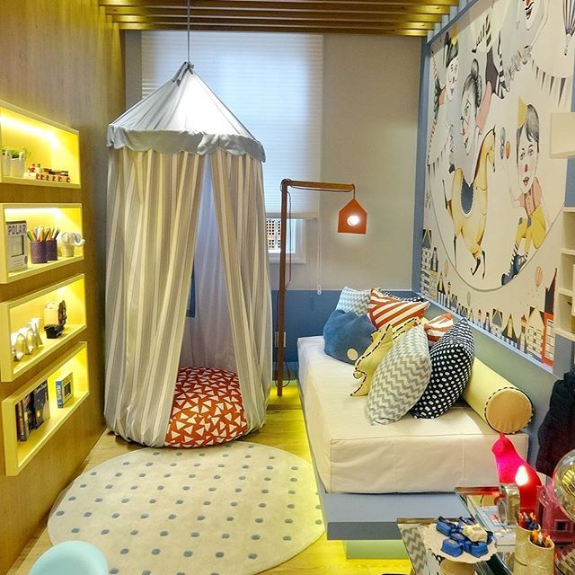 Não deixe de ver os pequenos ambientes, como este: O quarto da imaginação, de Paula Costa, na @casacorrio_oficial Ótimas soluções para #pequenosespacos  #CasaCorRJ #CasaCorRJ2016