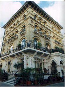 London//South Kensington//Food Da Mario's Italian Restaurant and Pizzeria - Princess Di's favorite pizzeria