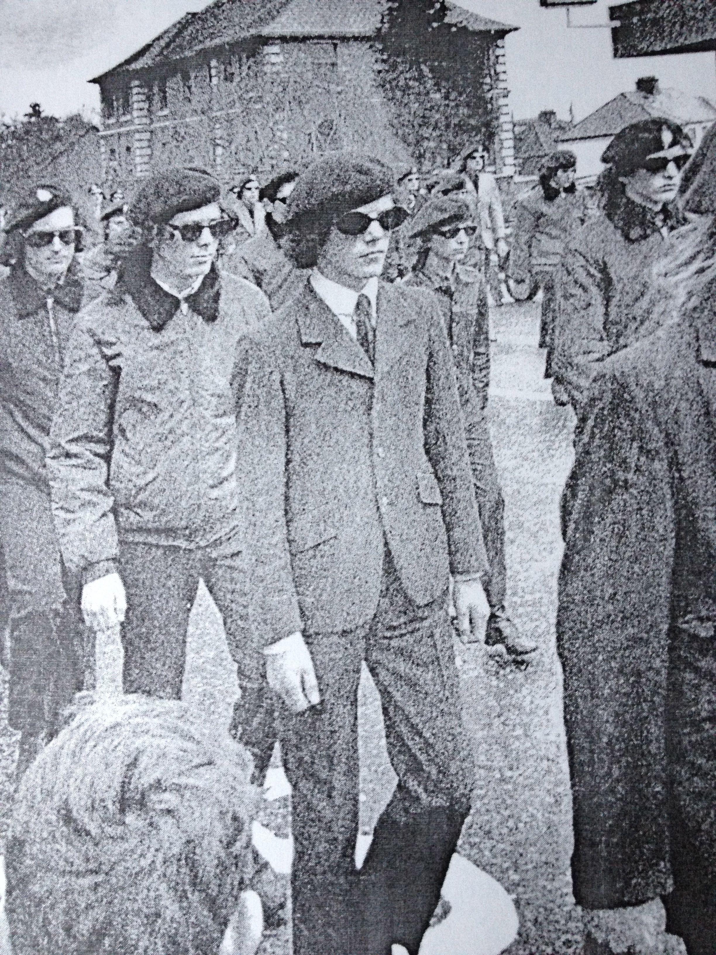 Senu Senu S/S 14 70s tailored jacket and suit. Nice beret
