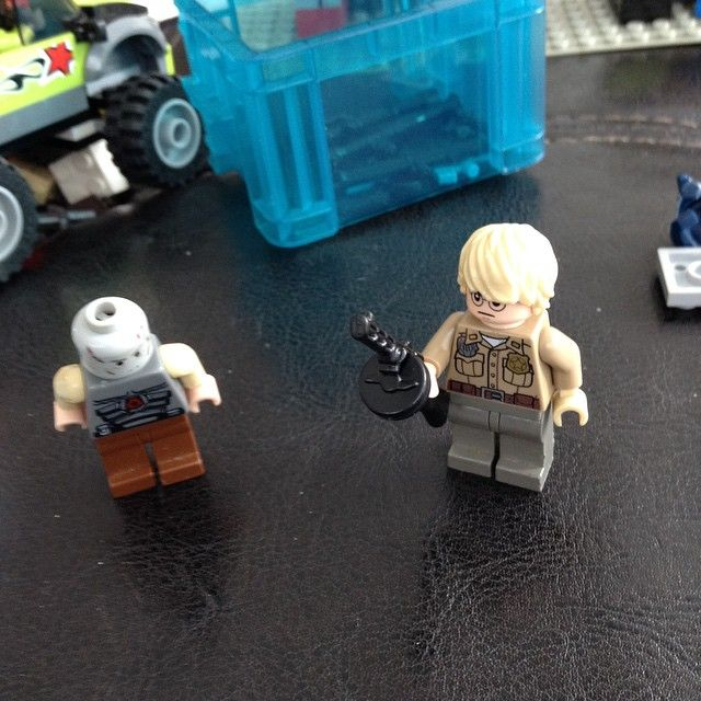 #LEGO #brickarms @_brickarms
