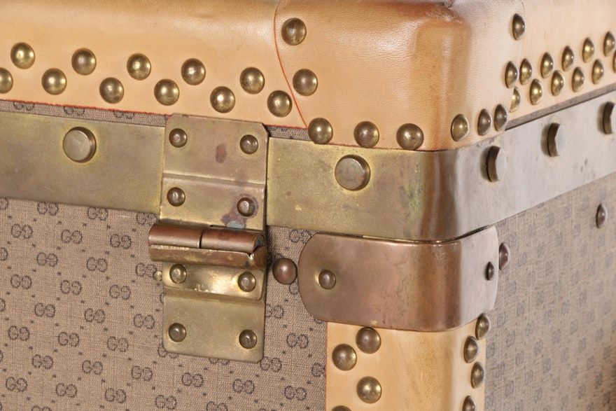 a88419a35 Custom Vintage Gucci GG Supreme Canvas Wardrobe Trunk | Awesome Art ...